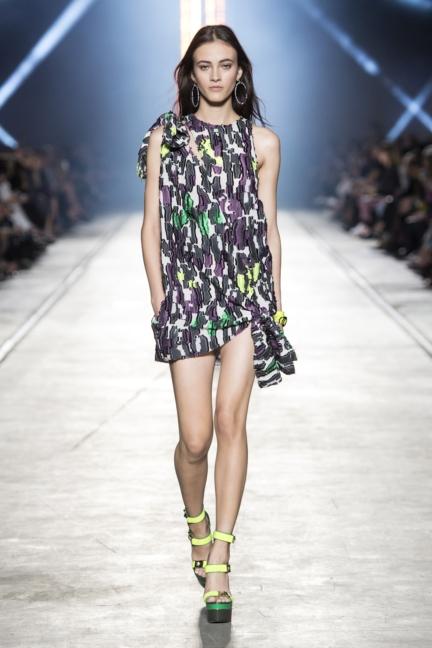versace-women_ss16_look-35
