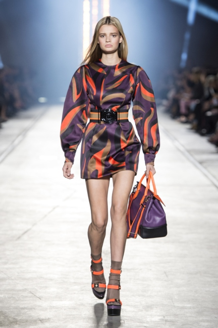 versace-women_ss16_look-38