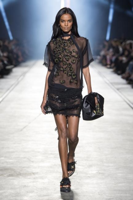 versace-women_ss16_look-50