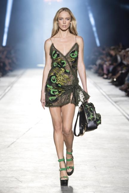 versace-women_ss16_look-53