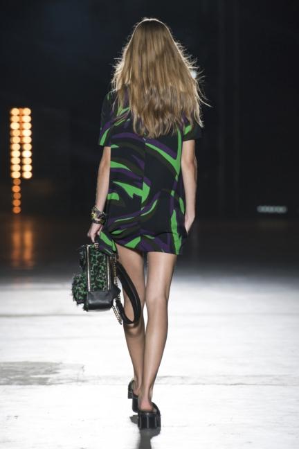 versace-women_ss16_look-16r