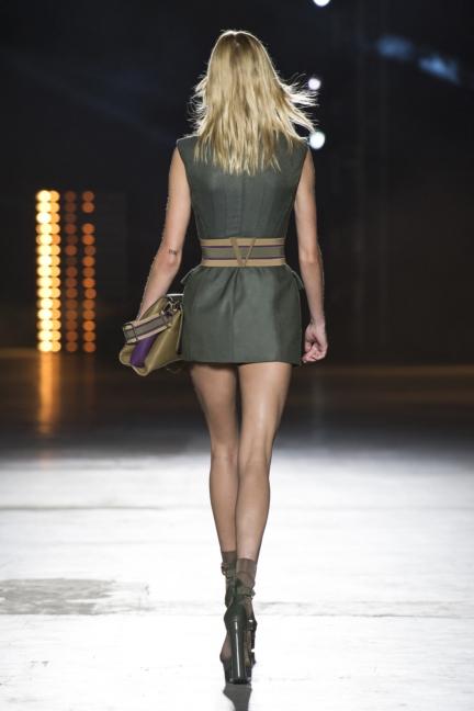 versace-women_ss16_look-2r