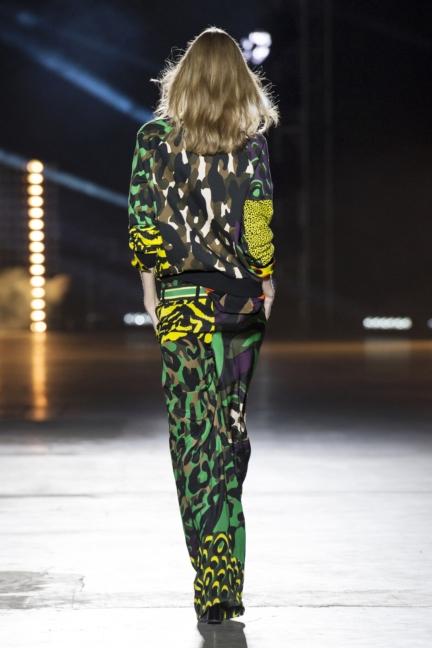 versace-women_ss16_look-32r