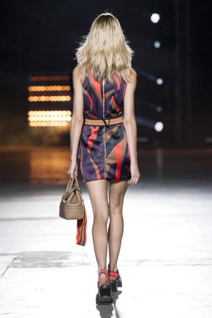 versace-women_ss16_look-37r