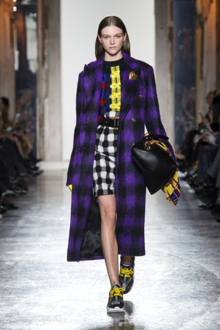 versace-women-fw18_look24