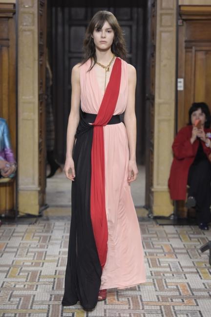 vionnet-milan-fashion-week-autumn-winter-17-19