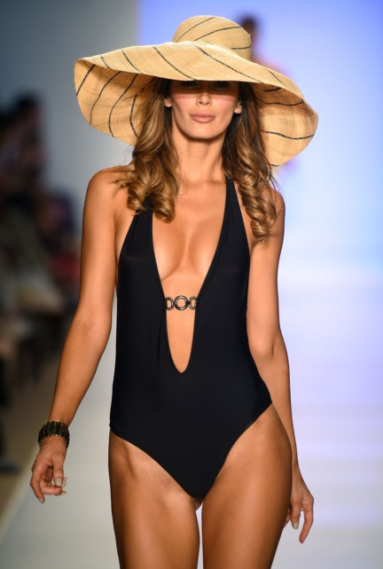 mia-marcelle-swimwear-mercedes-benz-fashion-week-miami-swim-2015-6