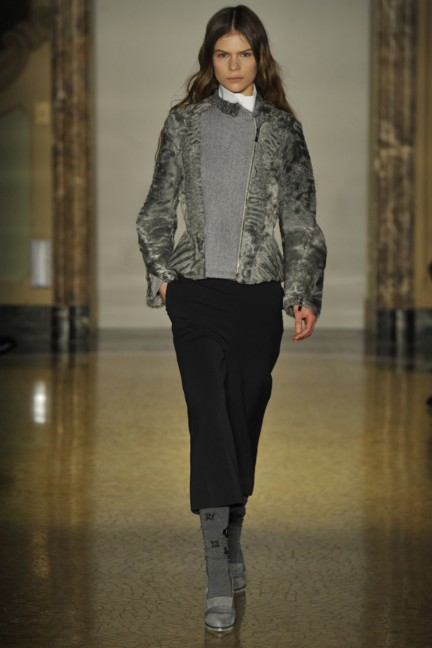 chicca-lualdi-beequeen-milan-fashion-week-autumn-winter-2014-00006