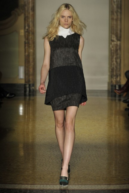 chicca-lualdi-beequeen-milan-fashion-week-autumn-winter-2014-00013