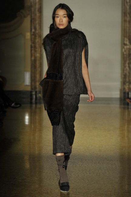 chicca-lualdi-beequeen-milan-fashion-week-autumn-winter-2014-00019