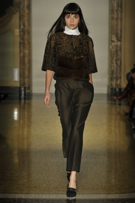 chicca-lualdi-beequeen-milan-fashion-week-autumn-winter-2014-00020