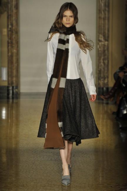 chicca-lualdi-beequeen-milan-fashion-week-autumn-winter-2014-00021