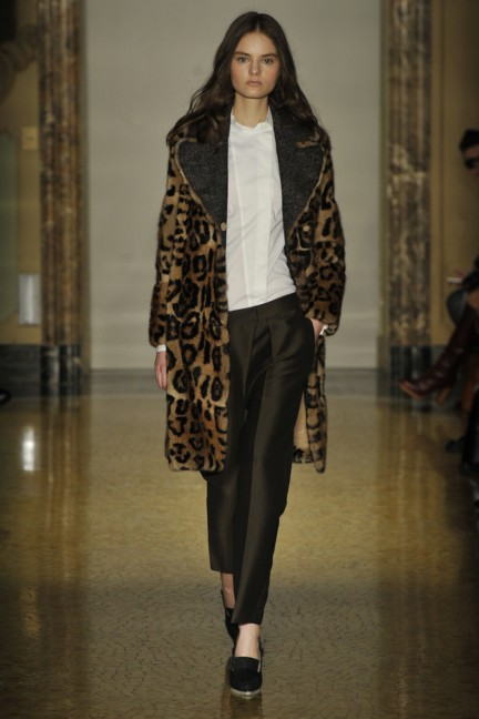 chicca-lualdi-beequeen-milan-fashion-week-autumn-winter-2014-00024