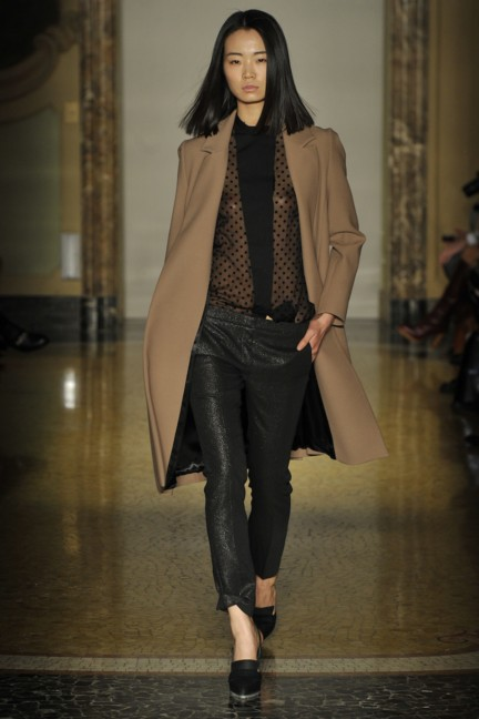 chicca-lualdi-beequeen-milan-fashion-week-autumn-winter-2014-00026