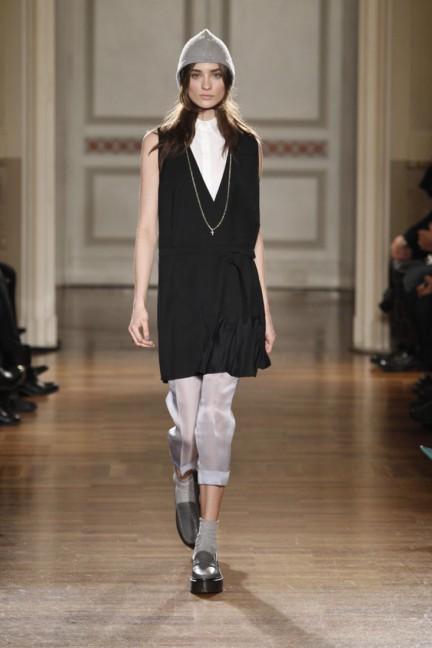 frankie-morello-milan-fashion-week-autumn-winter-2014-00002
