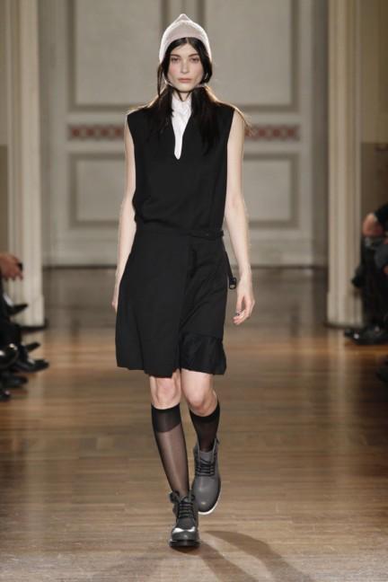 frankie-morello-milan-fashion-week-autumn-winter-2014-00013