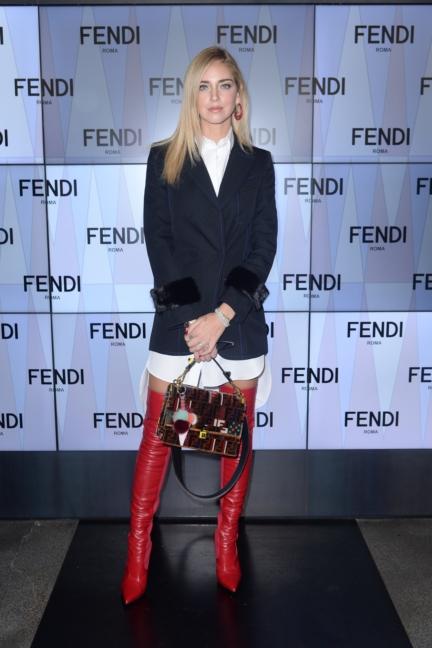 chiara-ferragni-fendi-ss18-womens-fashion-show