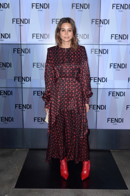 cristine-centenera-fendi-ss18-womens-fashion-show