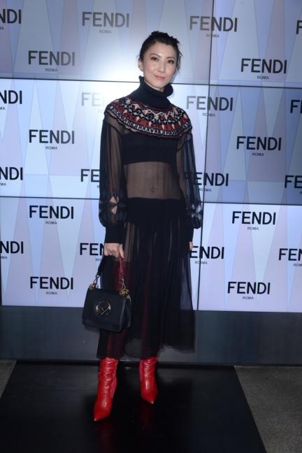 jeanette-aw-fendi-ss18-womens-fashion-show