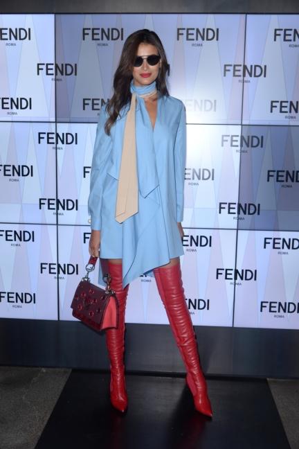rym-saidi-breidy-fendi-ss18-womens-fashion-show