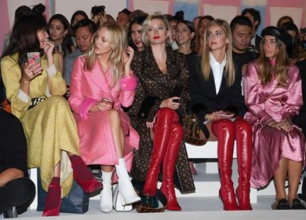 shea-marie-caroline-vreeland-chiara-ferragni-and-virginia-valsecchi-fendi-ss18-womens-fashion-show