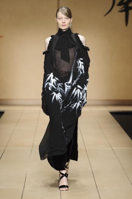 laura-biagiotti-milan-fashion-week-aw-16-27