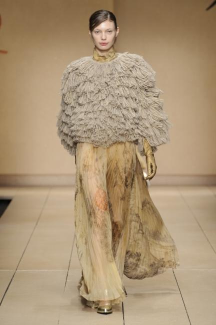 laura-biagiotti-milan-fashion-week-aw-16-46