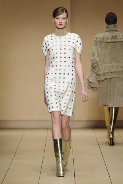 laura-biagiotti-milan-fashion-week-aw-16-50
