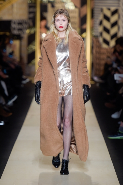 maxmara-milan-fashion-week-autumn-winter-2016-2