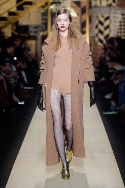 maxmara-milan-fashion-week-autumn-winter-2016-3