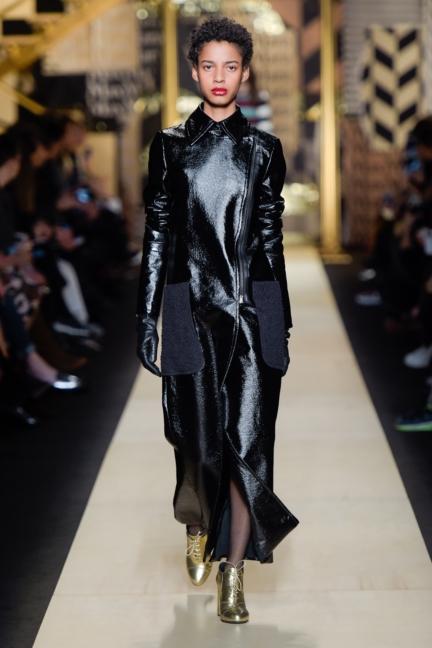 maxmara-milan-fashion-week-autumn-winter-2016-30
