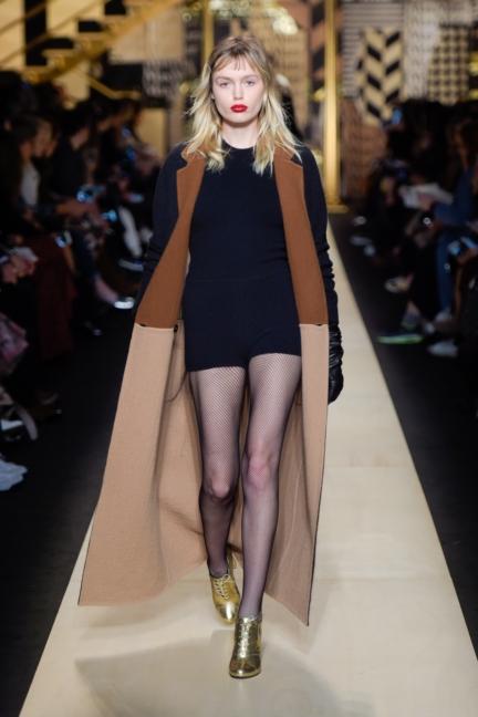 maxmara-milan-fashion-week-autumn-winter-2016-40
