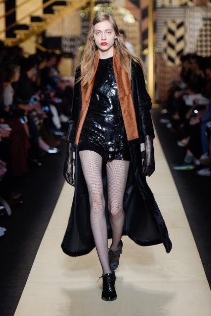 maxmara-milan-fashion-week-autumn-winter-2016-41