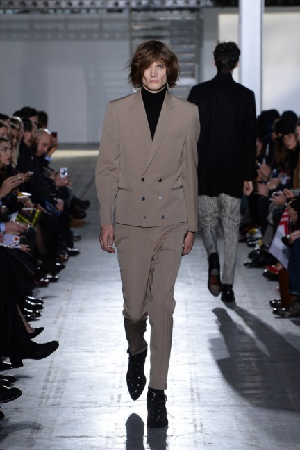 costume-national-homme-milan-mens-autumn-winter-2015-3