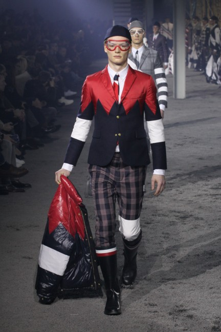 moncler-gamme-bleu-milan-mens-autumn-winter-2015-runway-30