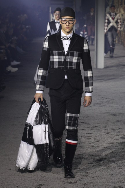 moncler-gamme-bleu-milan-mens-autumn-winter-2015-runway-40