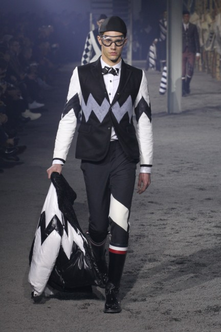 moncler-gamme-bleu-milan-mens-autumn-winter-2015-runway-41