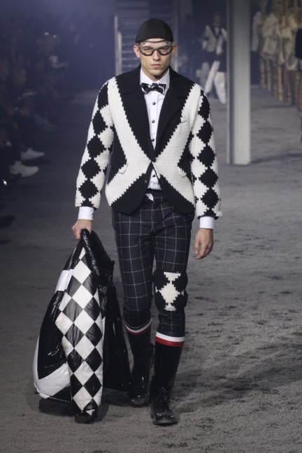 moncler-gamme-bleu-milan-mens-autumn-winter-2015-runway-42