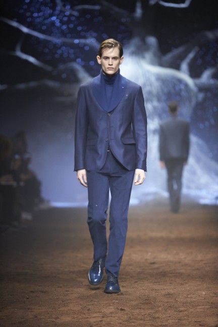 corneliani-milan-fashion-week-mens-autumn-winter-2015-10