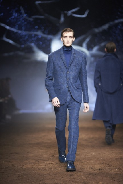 corneliani-milan-fashion-week-mens-autumn-winter-2015-12