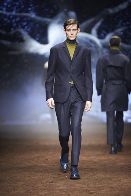 corneliani-milan-fashion-week-mens-autumn-winter-2015-2