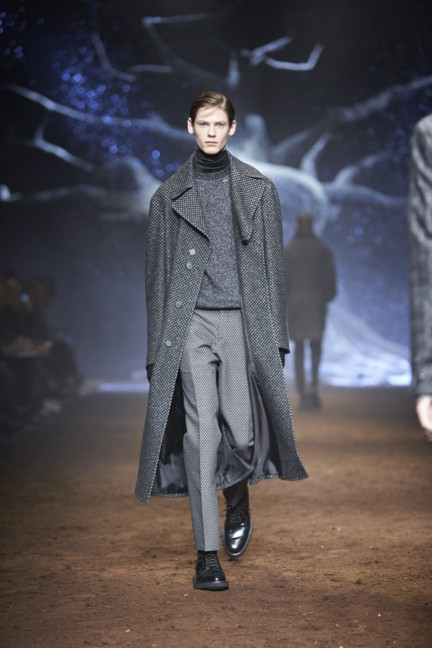 corneliani-milan-fashion-week-mens-autumn-winter-2015-22