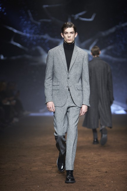 corneliani-milan-fashion-week-mens-autumn-winter-2015-23