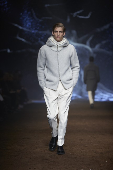 corneliani-milan-fashion-week-mens-autumn-winter-2015-38