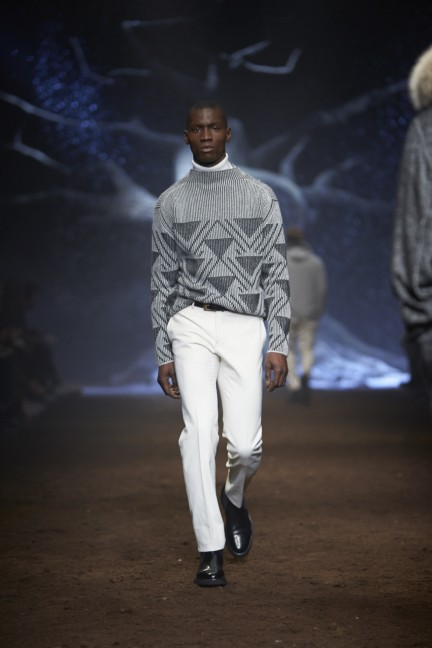 corneliani-milan-fashion-week-mens-autumn-winter-2015-40