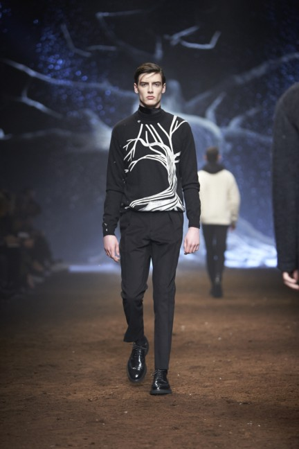 corneliani-milan-fashion-week-mens-autumn-winter-2015-51