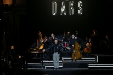 daks-milan-mens-autumn-winter-2016-43