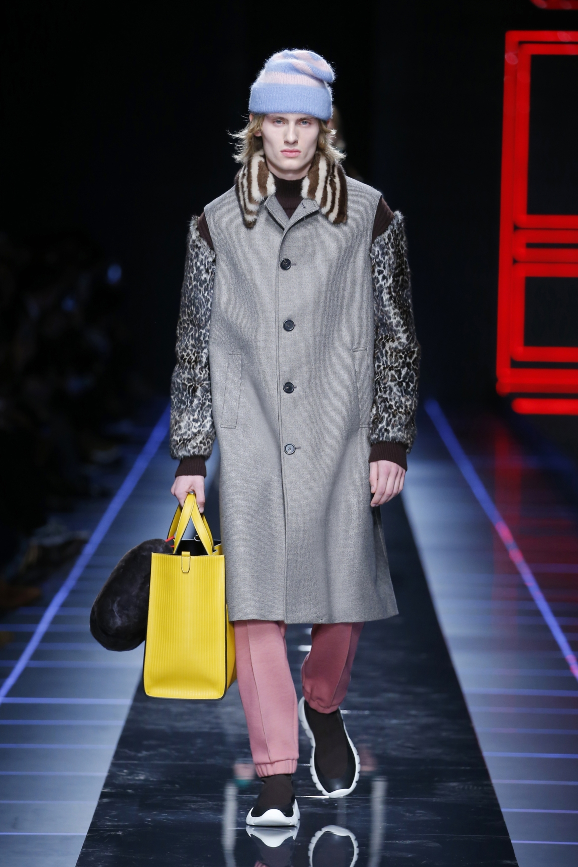 fendi-men-fw16-17-look-02