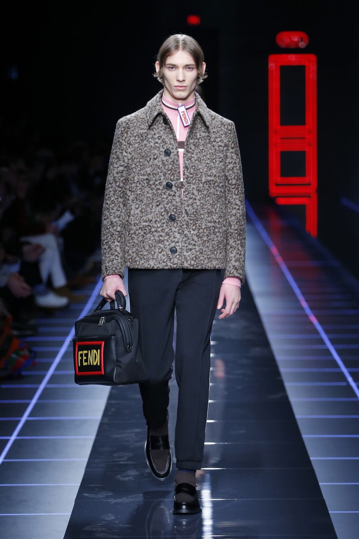 fendi-men-fw16-17-look-04