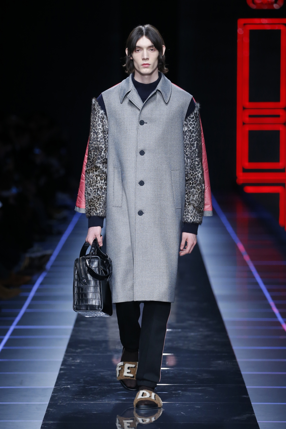 fendi-men-fw16-17-look-06
